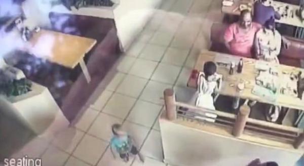 Niño es secuestrado a pocos metros de su familia