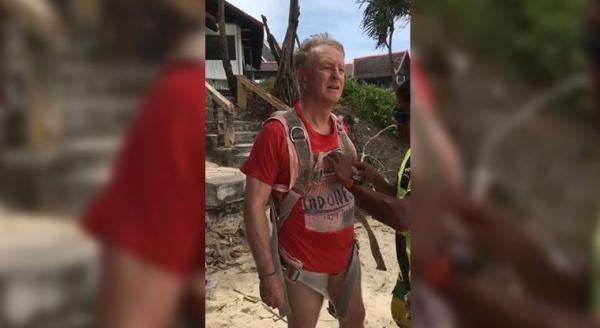 Muere turista al caer cuando practicaba parasailing