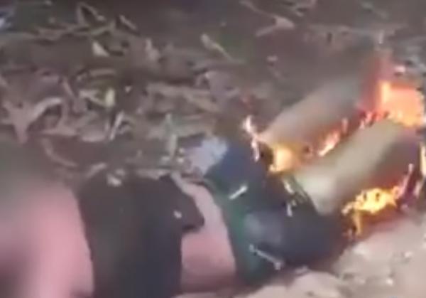 Turba enardecida quema vivo a hombre en Guatemala