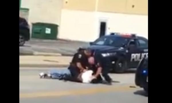 Policías de Ohio golpean brutalmente a afroamericano