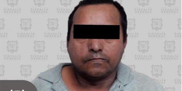 Detienen a sujeto tras abusar de su propia hija en la ciudad de Tepic